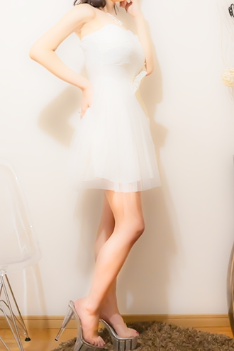 博多駅のメンズエステ・メンズアロマのお店「HYDE(ハイド)- Beauty Therapist -」の在籍メンズエステセラピスト|福岡アロマエステ案内所